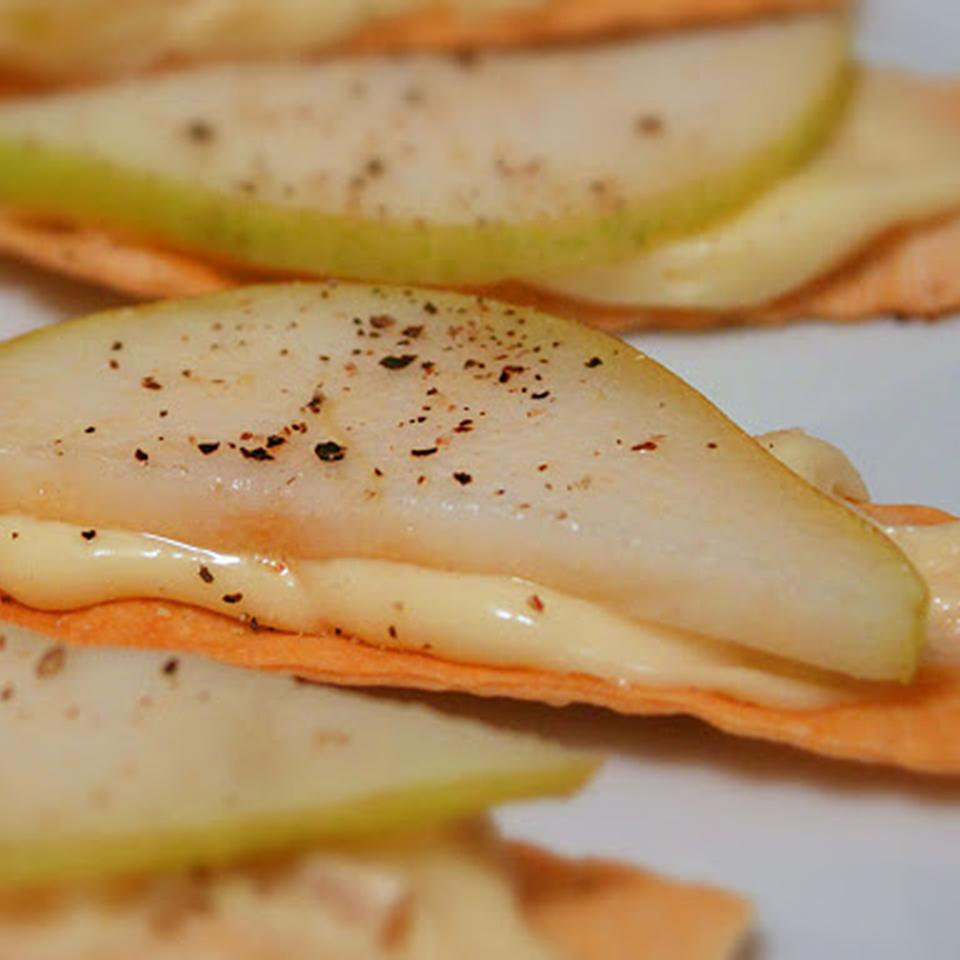 Chef John's Brie with Ripe Pear and Black Pepper