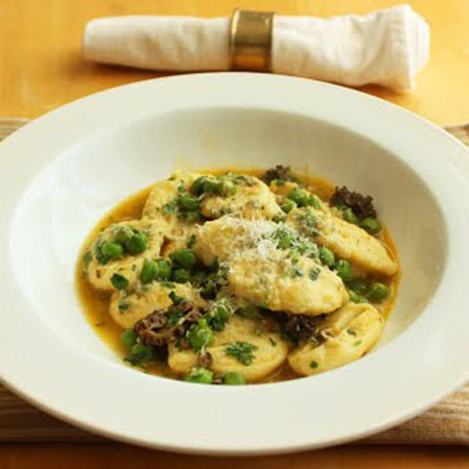 Ricotta Gnocchi with Fresh Peas and Mushrooms