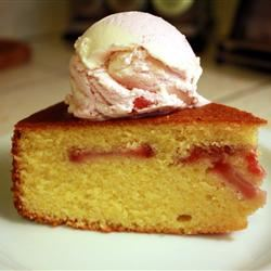 Cornmeal Strawberry Cake