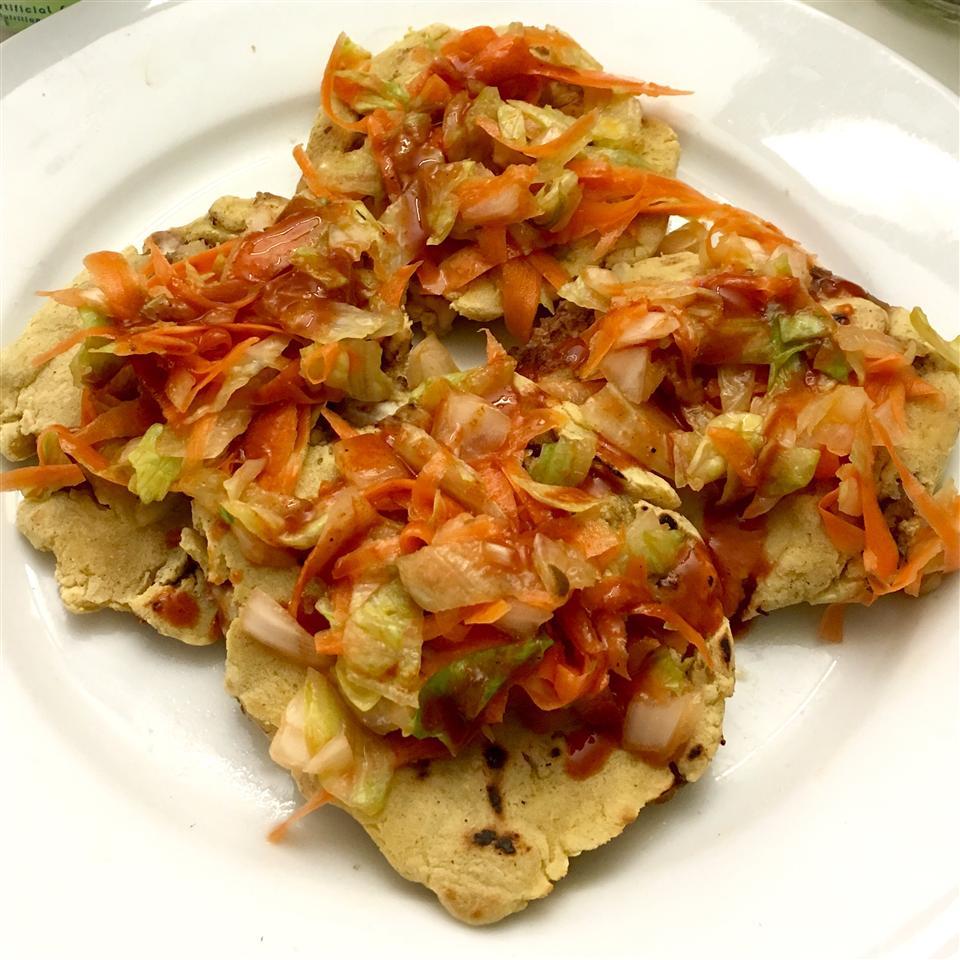 Pupusas de Queso (Cheese-Stuffed Tortillas) Olivia