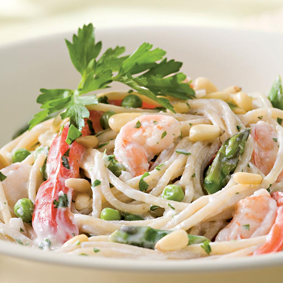 Creamy Garlic Pasta with Shrimp & Vegetables for Two EatingWell Test Kitchen