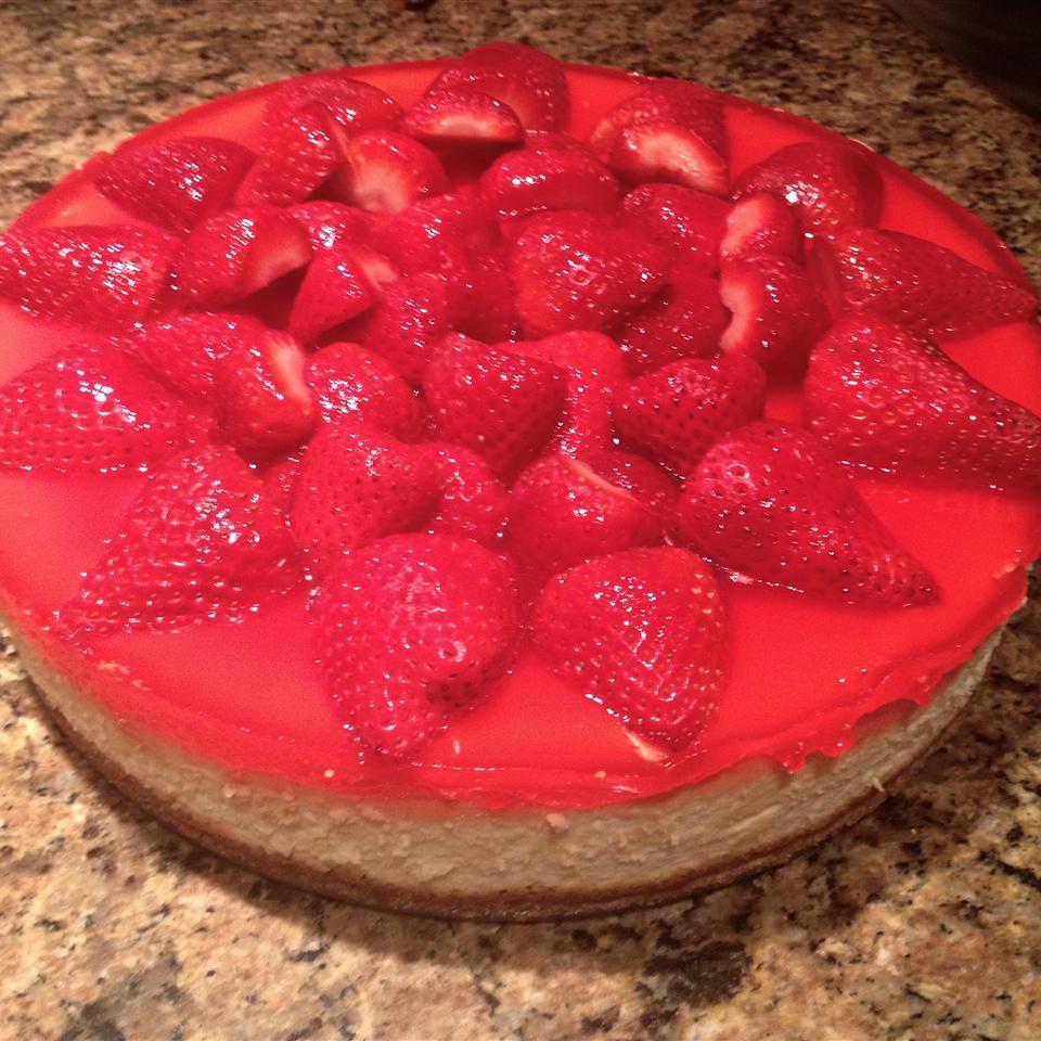 Mona's Fresh Strawberry Pie Jessica