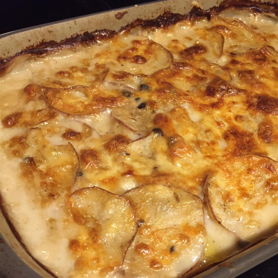 Scalloped Potatoes au Gratin CARM