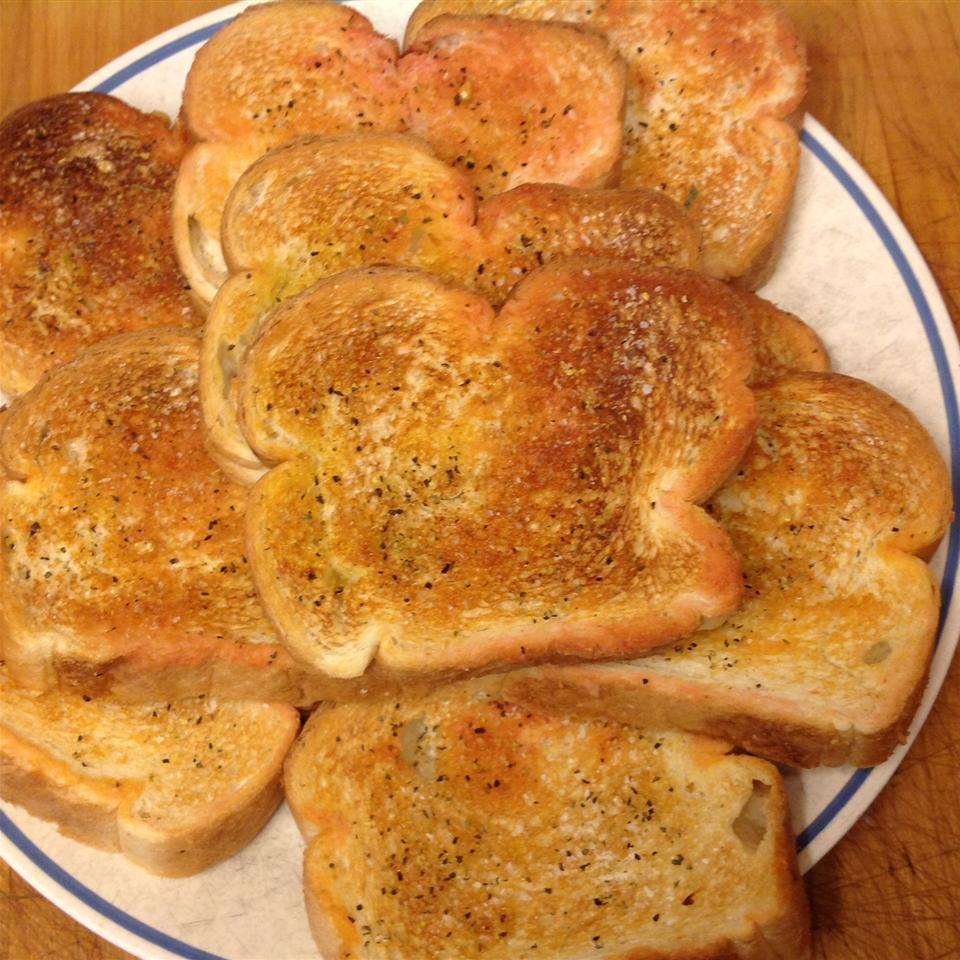 Spanish Garlic Toast Zillaguy83