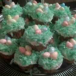 Easter Surprise Cupcakes ttsmom9103