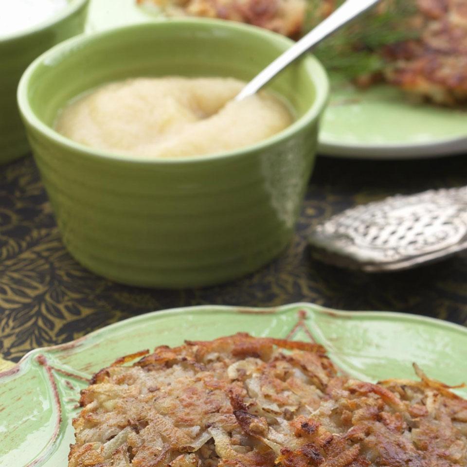 Quick Applesauce EatingWell Test Kitchen