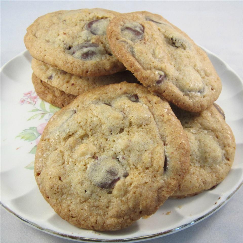 Giant Crisp Chocolate Chip Cookies Deb C