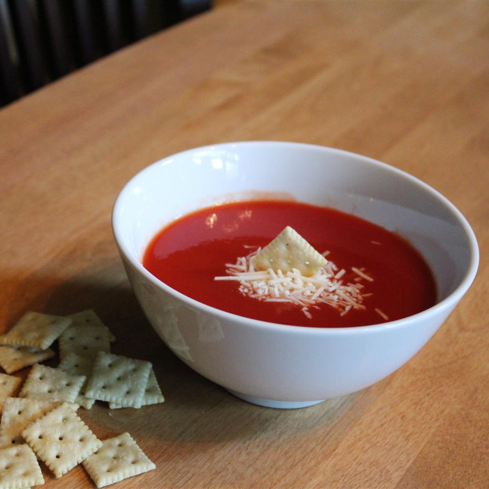 Zesty Tomato Soup for One sanzoe