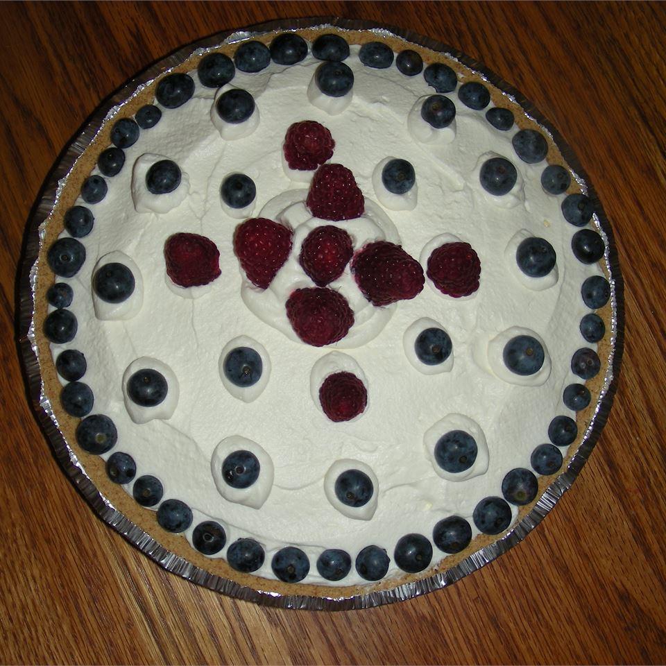 Strawberry Delight Dessert Pie Tina