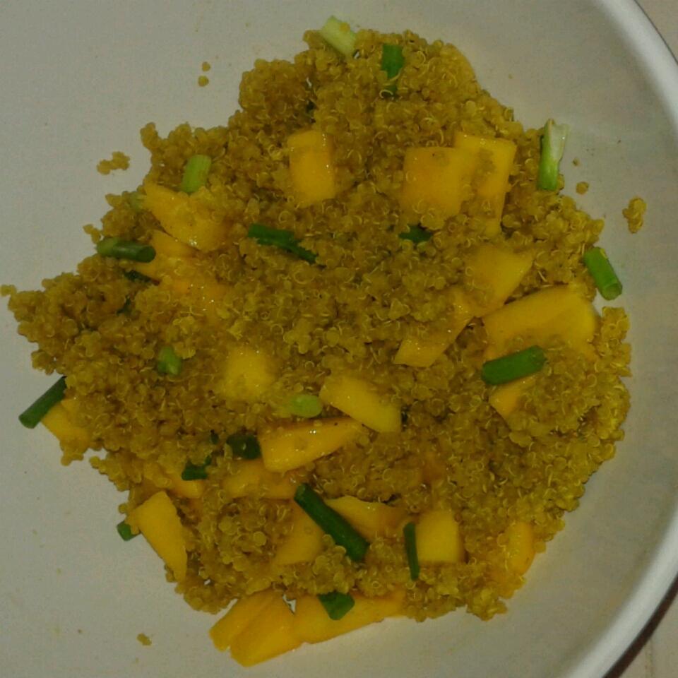 Curried Quinoa Salad with Mango Toni916