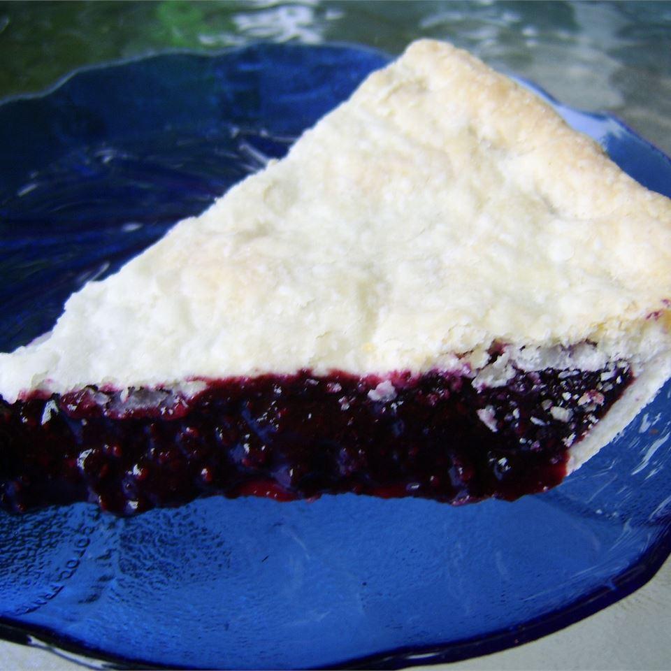 Deluxe Blackberry Pie