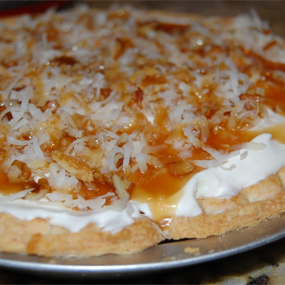 Toasted Coconut, Pecan, and Caramel Pie hardrockgirl