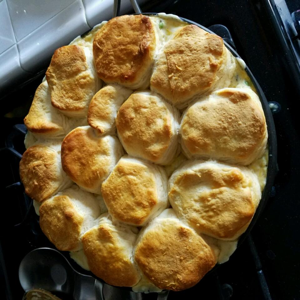 Chicken, Rice, and Biscuit Casserole skybungie