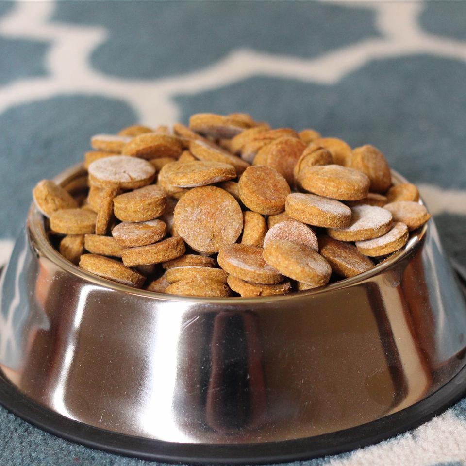 Peanut Butter and Pumpkin Dog Treats Kelly