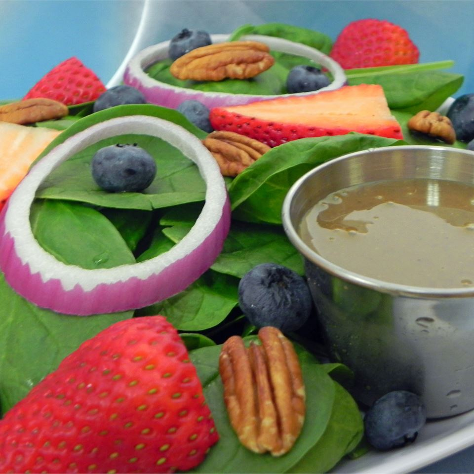 Spinach-And-Berries Salad With Non-Fat Curry Dressing USA WEEKEND columnist Jean Carper