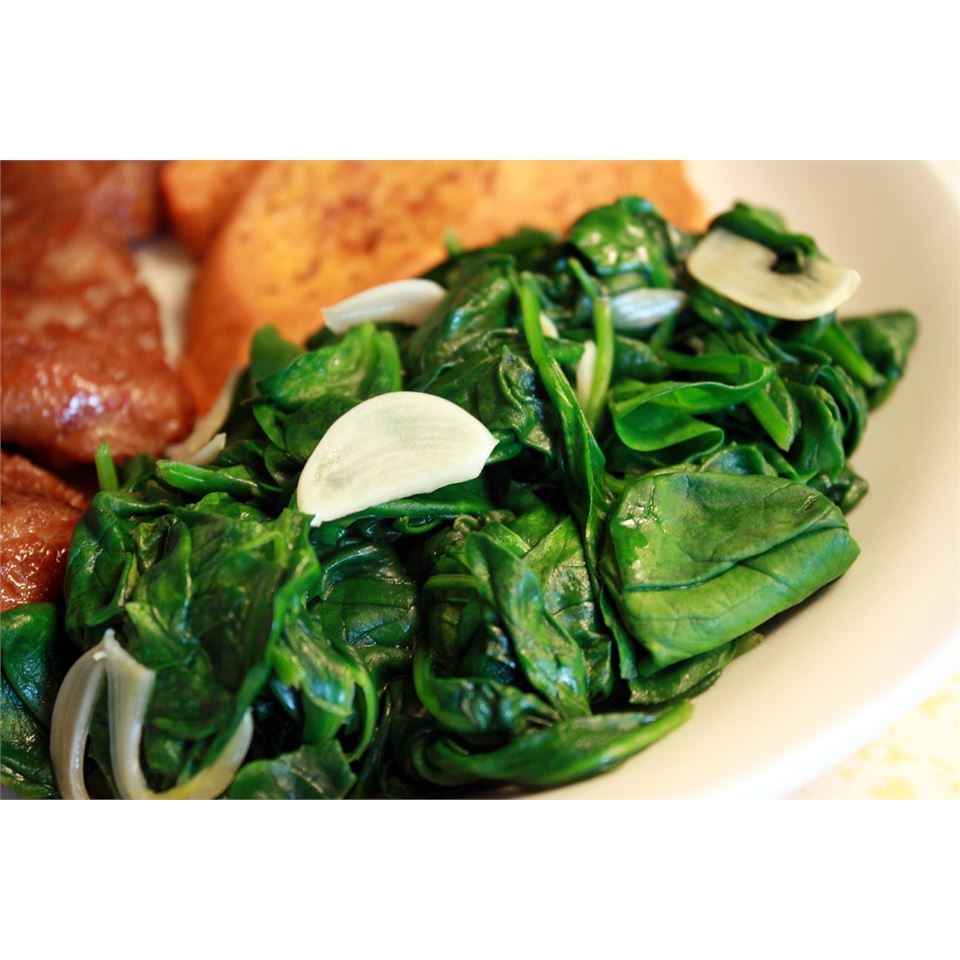 Quick and Easy Sauteed Spinach