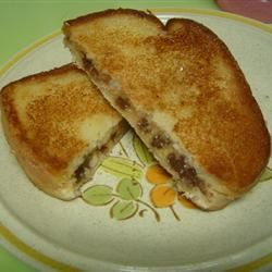 Peanut Butter Cup Grilled Sandwich AliDot