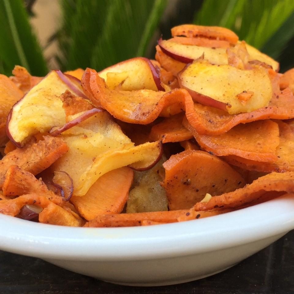 Spiralized Roasted Vanilla Sweet Potatoes and Apples
