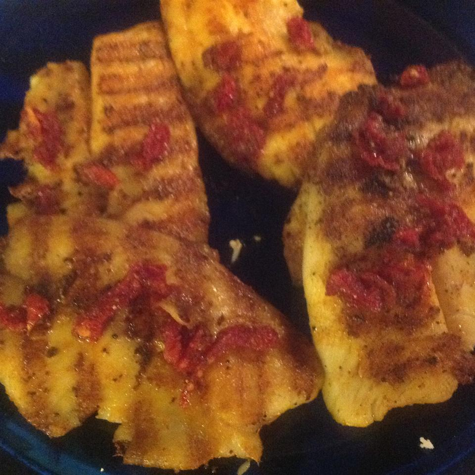 Grilled Tilapia with Smoked Paprika Lisa