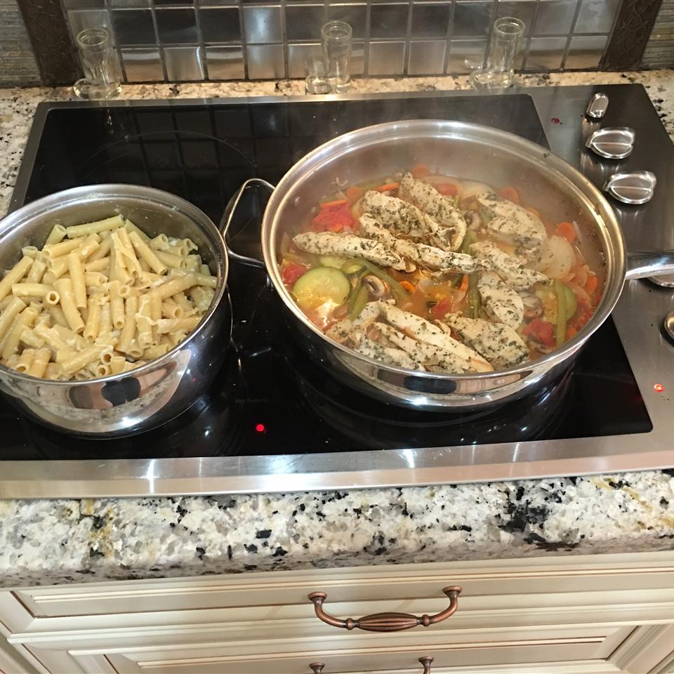Lemon Chicken and Veggie Pasta Marilyn Pinillos Delgado