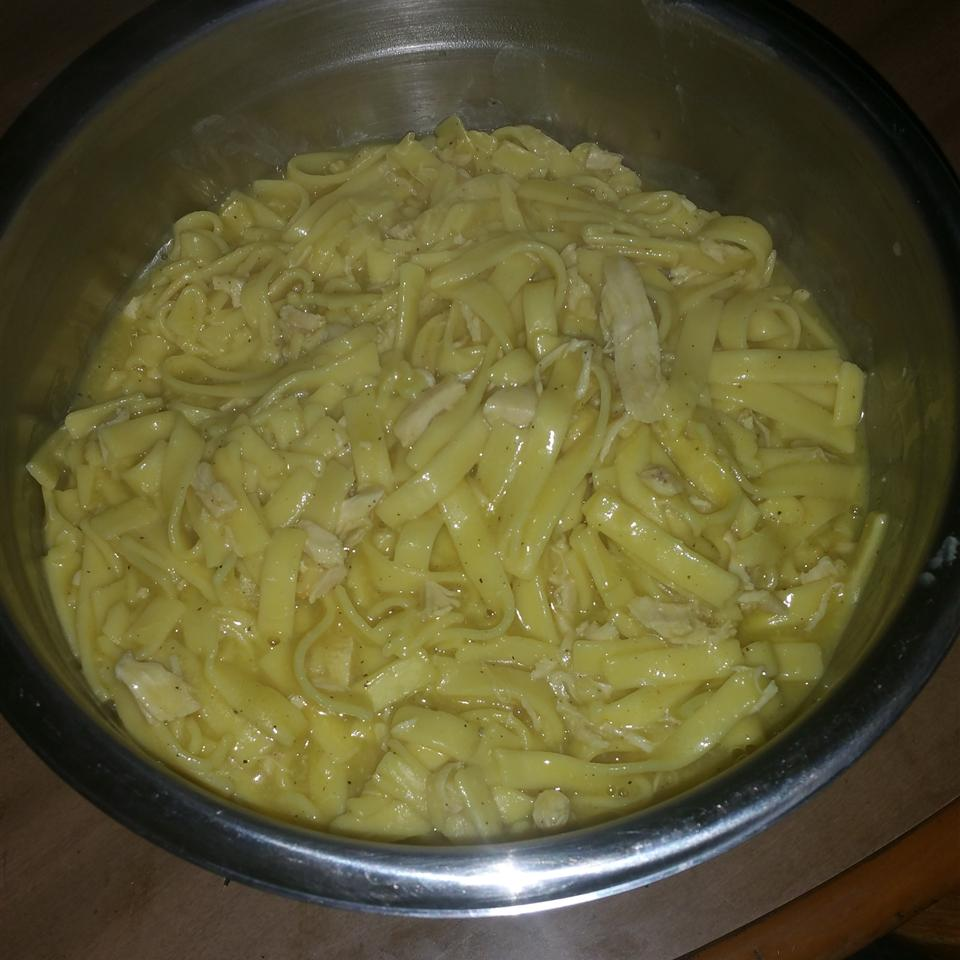 Incredibly Easy Chicken and Noodles Garry Alicia Bray