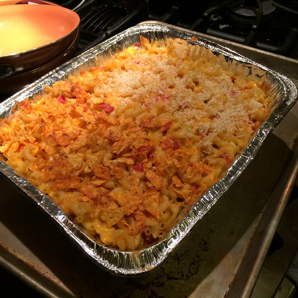 Easy Cheesy Mac And Cheese (With Optional Crunchy Topping) Artistada