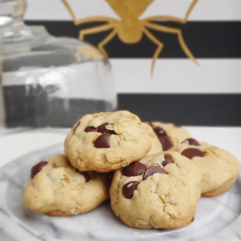 Coconut Oil Milk Chocolate Chip Oat Cookies House of Aqua