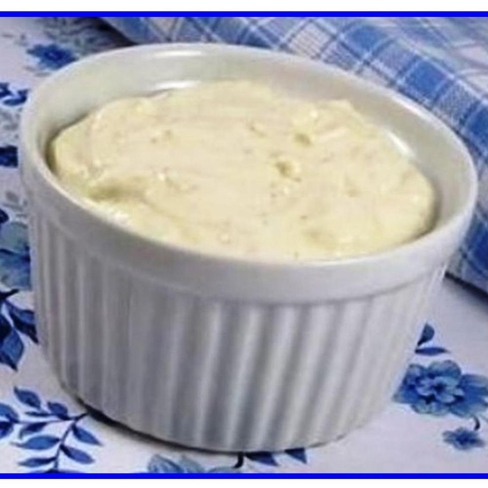Bill's Blue Cheese Dressing MOMOMOYER
