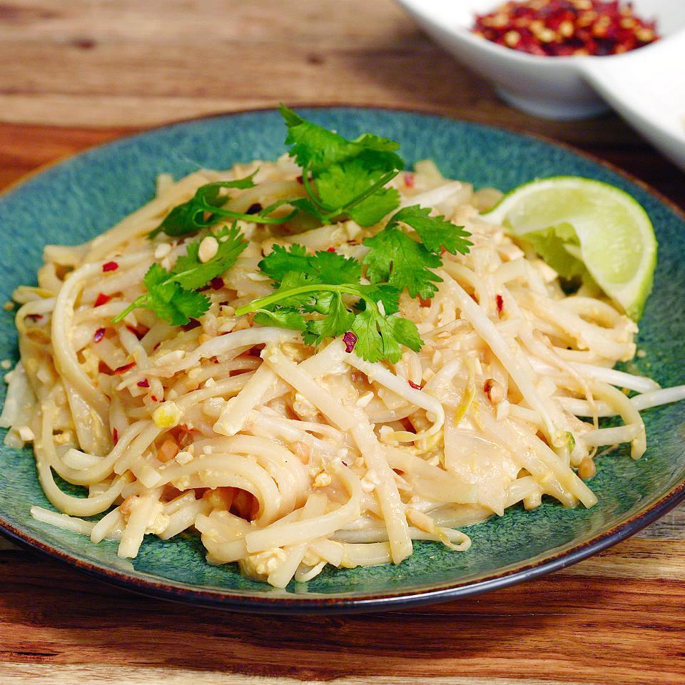 Easy Homemade Pad Thai