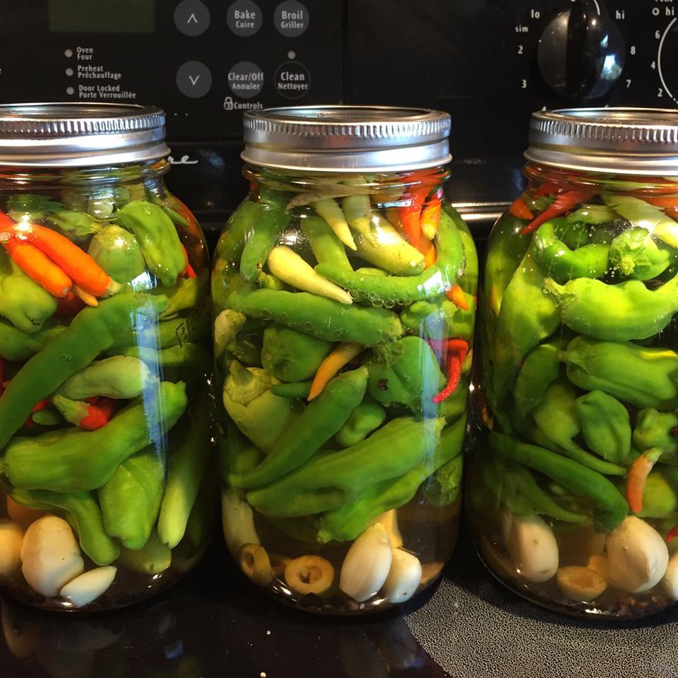 Pickled Hot Peppers Frackleberry