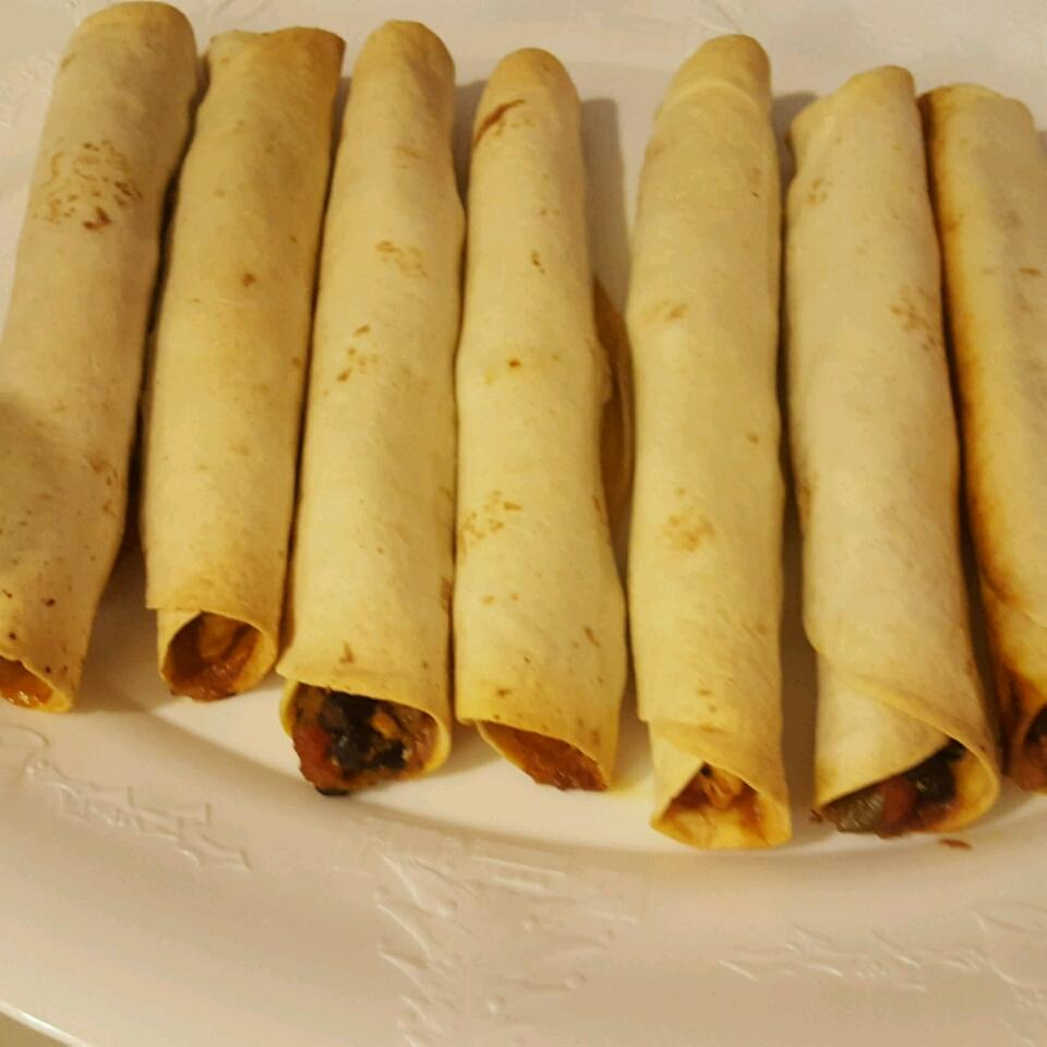 Quick and Easy Chicken Taquitos