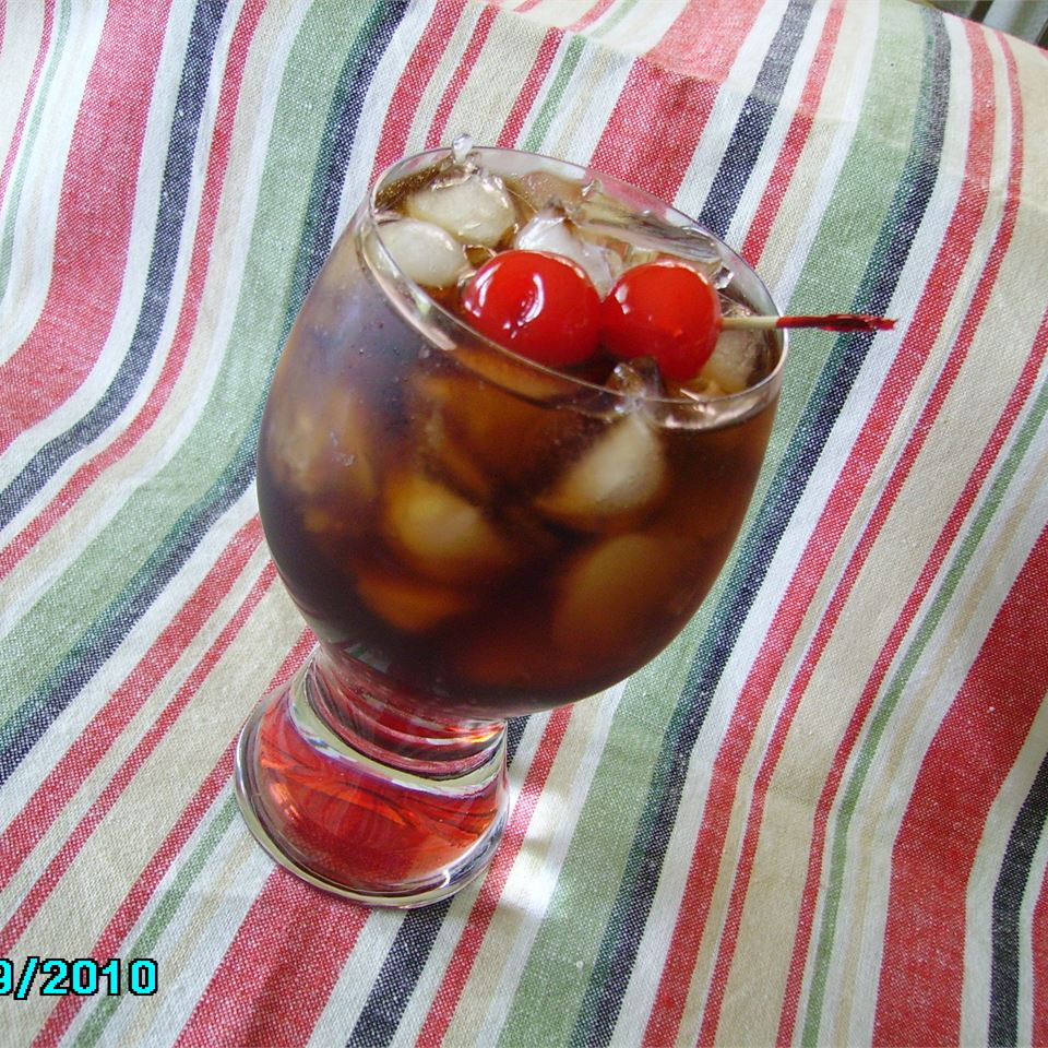 We couldn't build this list without including the original gangsta of mocktails, the Roy Rogers. Cola and a dash of grenadine syrup over ice, garnished with a maraschino cherry -- it's a classic.