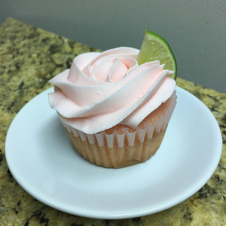 Frosted Pink Lemonade Cupcakes