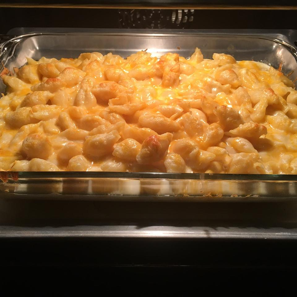 Baked Macaroni and Cheese Carla