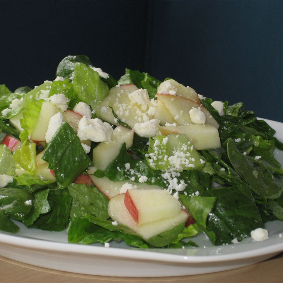 Spinach Apple Salad Fit&Healthy Mom