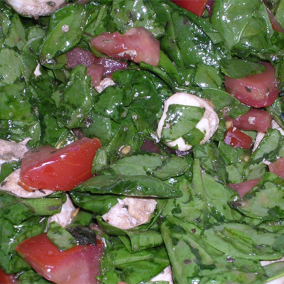 Spinach Caprese Salad CookinginFL
