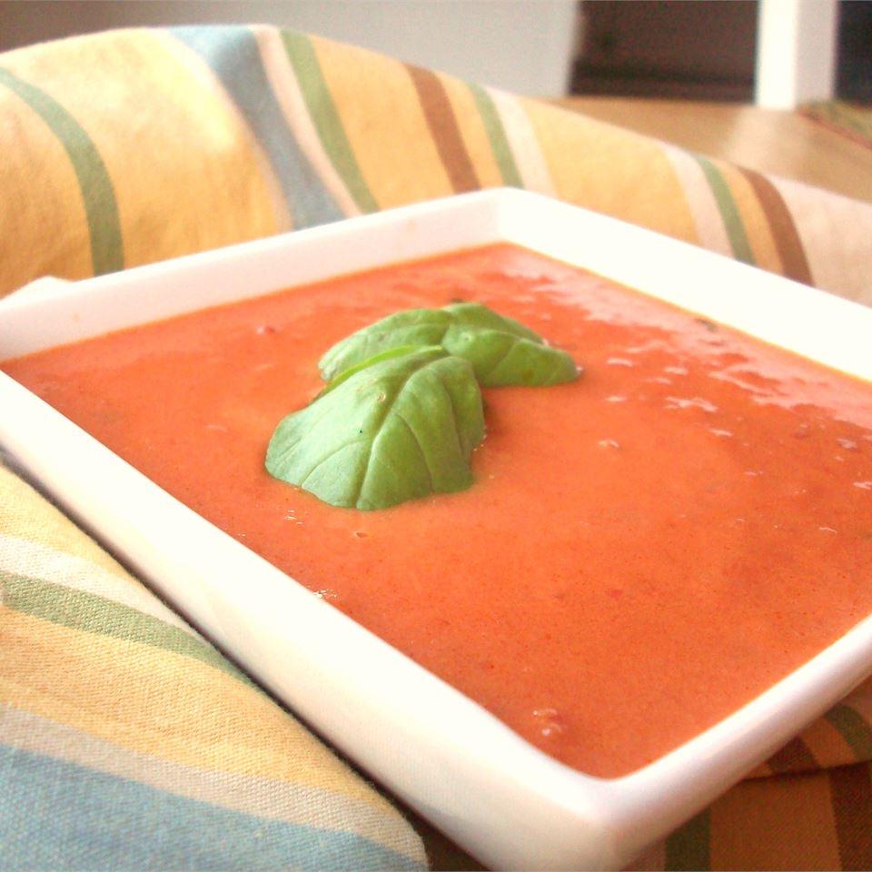 Basil Tomato Soup CookinBug
