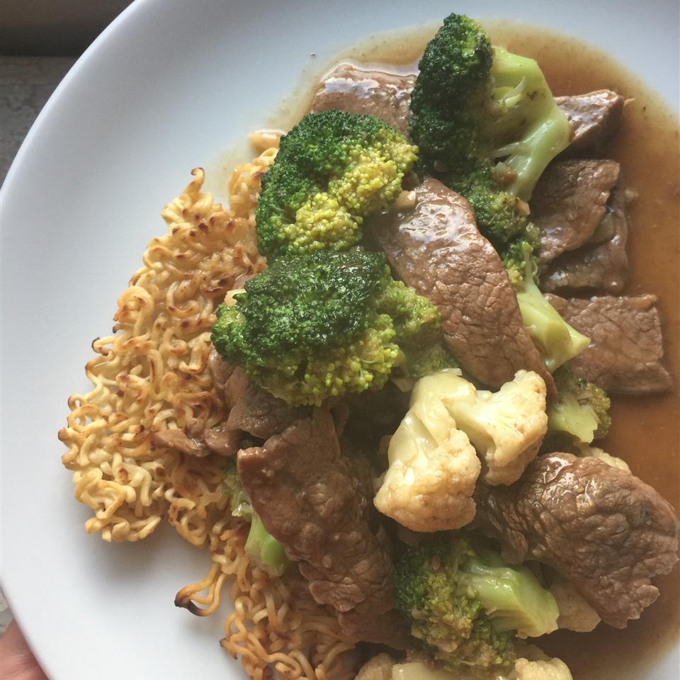 Stir-Fried Beef and Broccoli with Crisp Ramen Noodle Cake Nicholio