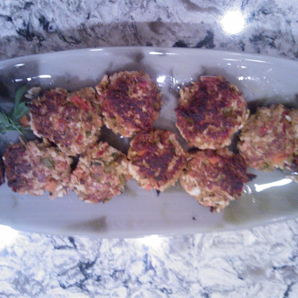 Cajun Crab Cakes (No Breadcrumbs) luba