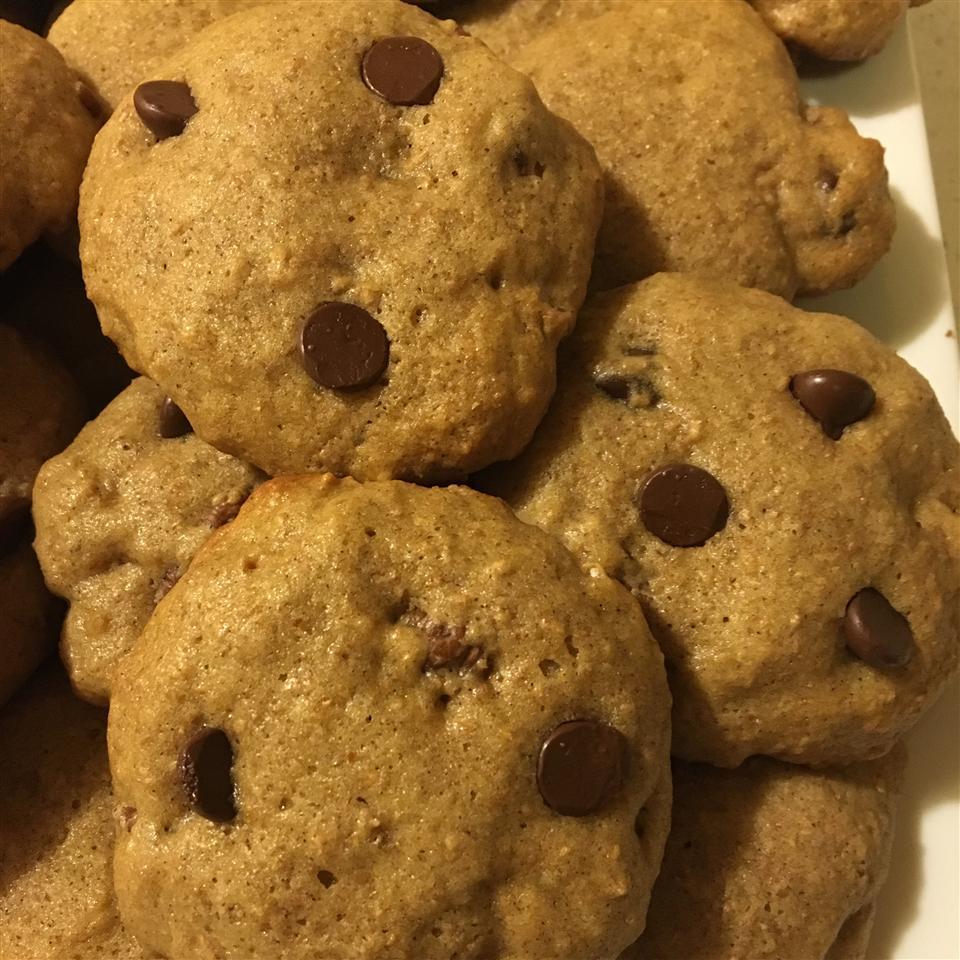 Sour Cream Chocolate Chip Cookies jhennCruz