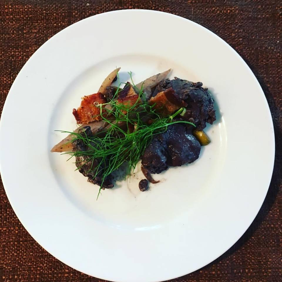 Chicken Livers with Red Wine and Bacon Imei Hsu