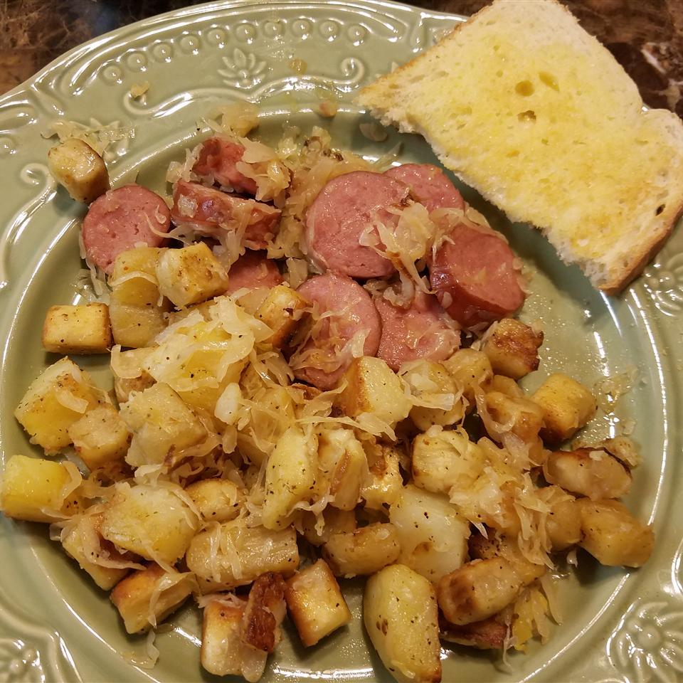 Knoephla, Potatoes and Sauerkraut Tim Greshik Sr.