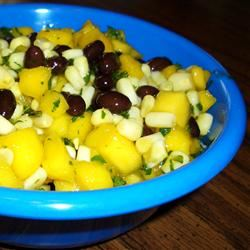 Mango Salsa with Corn and Black Beans