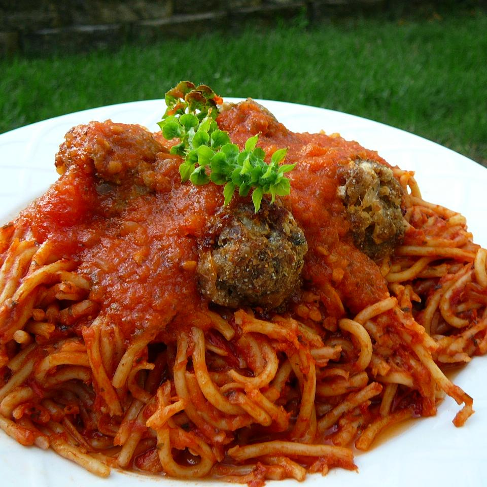 Spaghetti Sauce with Fresh Tomatoes Molly