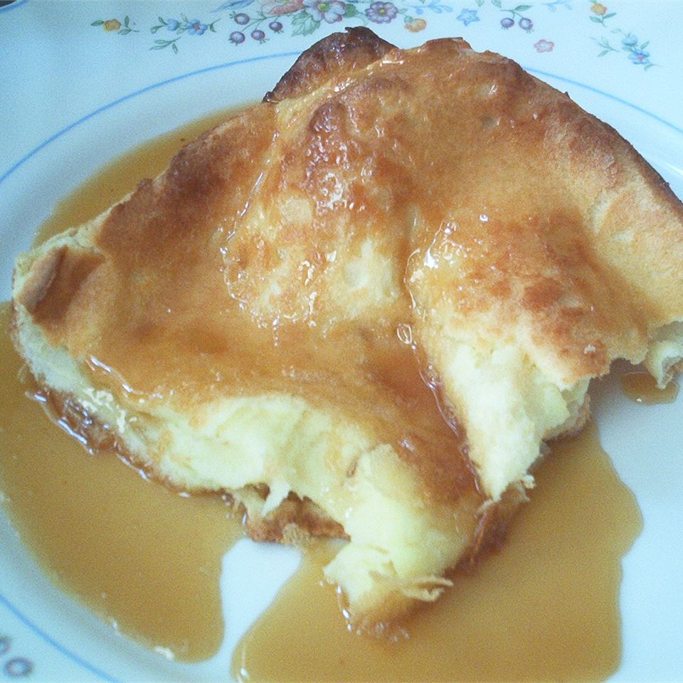 German Pancake with Buttermilk Sauce