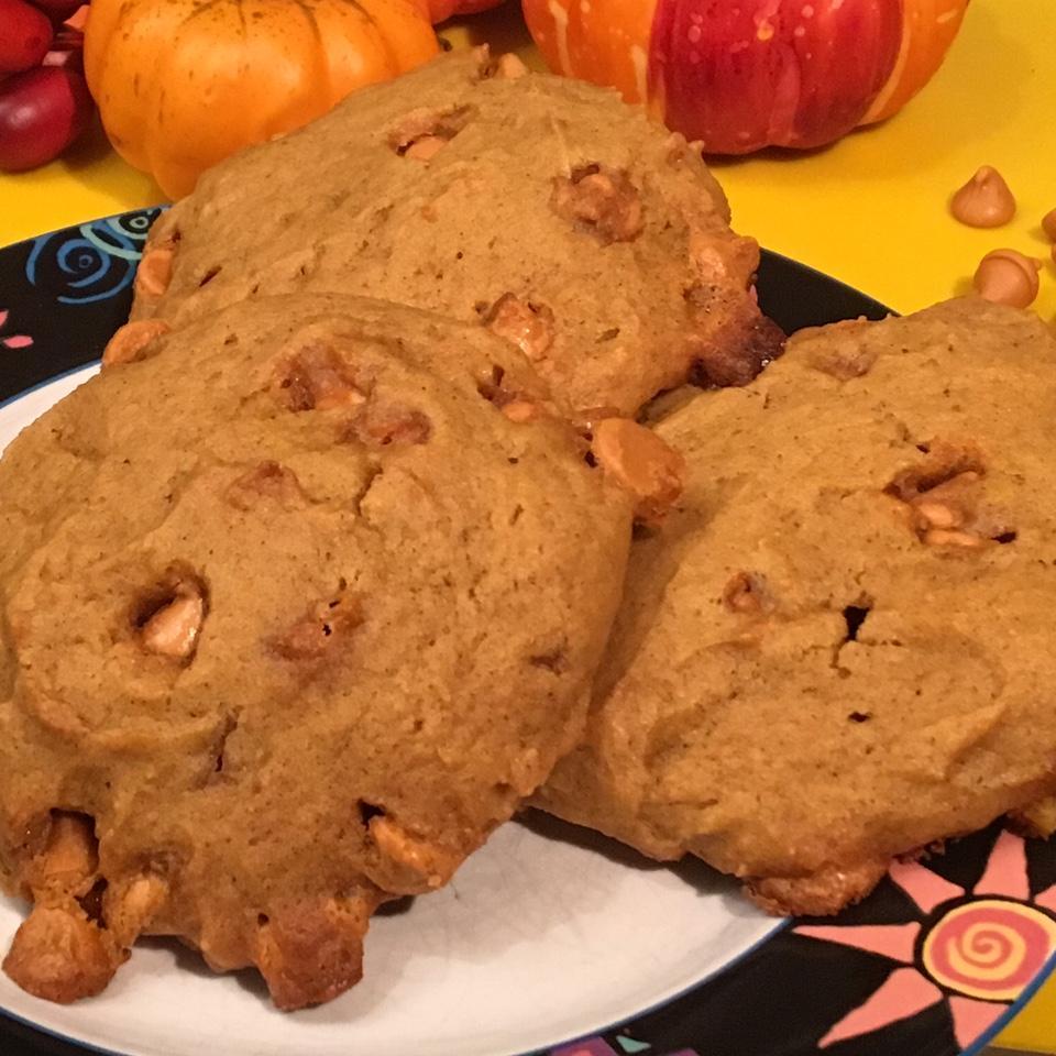 Pumpkin Butterscotch Cookies Gio_Bowers