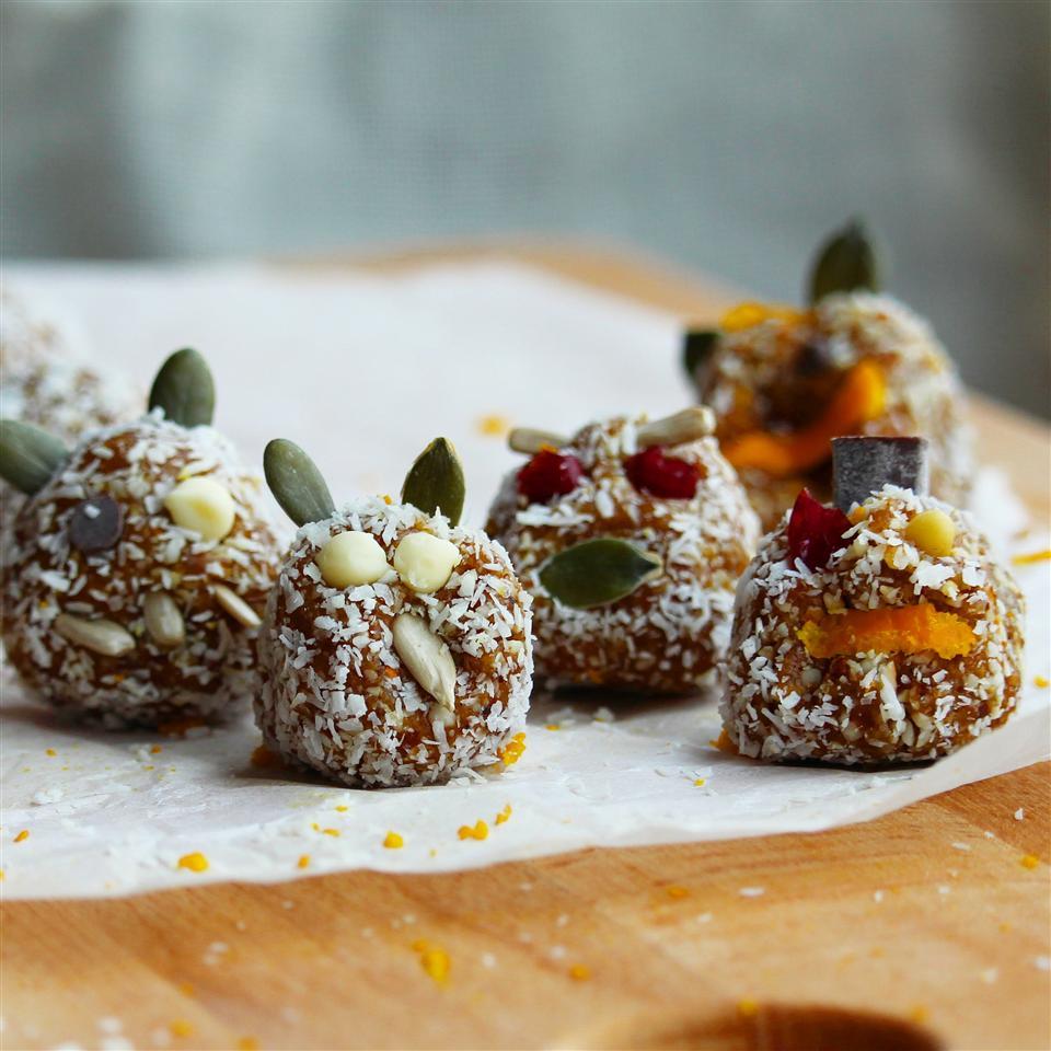 Vegan Date and Cashew Dessert Buckwheat Queen