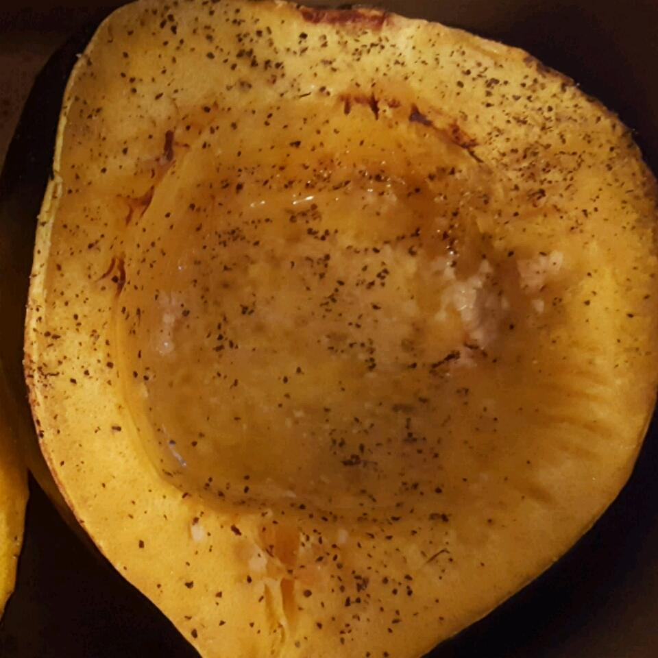 Garlic Butter Acorn Squash