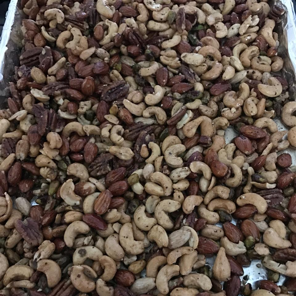 Sweet, Salty, Spicy Party Nuts becky