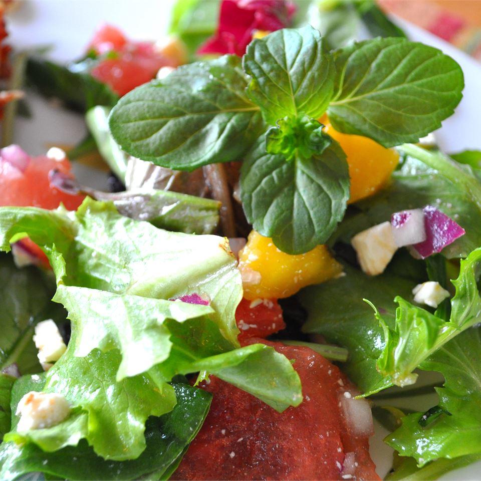 Refreshing Summertime Salad Alberta Rose